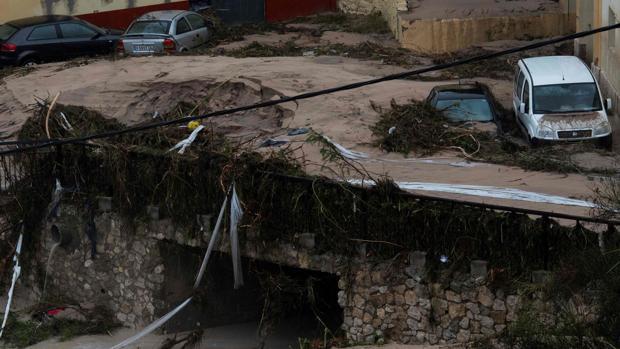 La «tormenta del siglo» deja ya cuatro muertos y ahoga el Levante