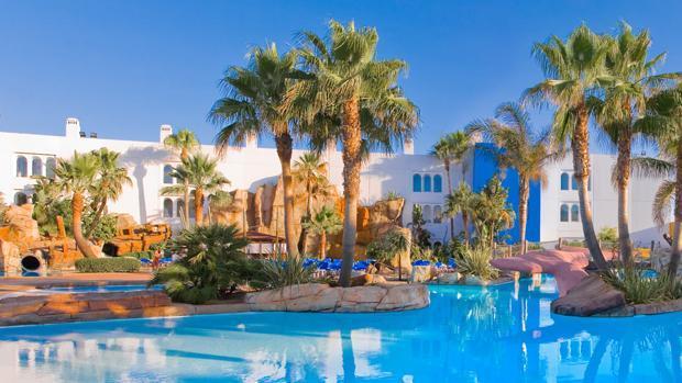 Hoteles deluxe para toda la familia for Hoteles para familias en la playa