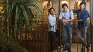 Tres amigos y un imperio hostelero top