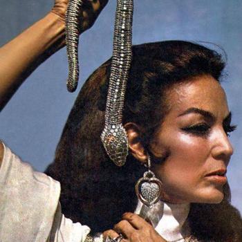 María Félix con la serpiente de Cartier