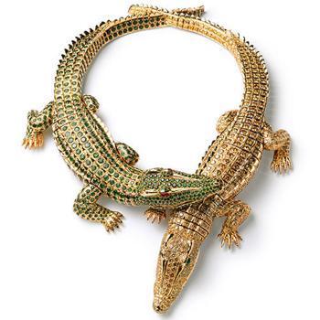 Collar de cocodrilos, pedido de 1975
