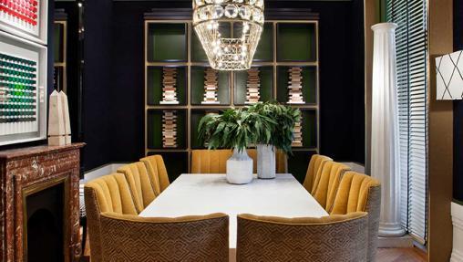 Un aire señorial se apodera de cada rincón de este salón del restaurante de Urban Blue de Casa Decor 2017