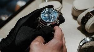 La elección del primer reloj requiere tener en cuenta unas características especiales