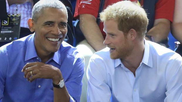 Barack Obama y el príncipe Harry durante los Invictus Games de Toronto