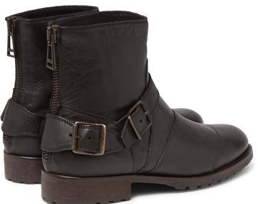 Las botas moteras siguen teniendo su público fiel