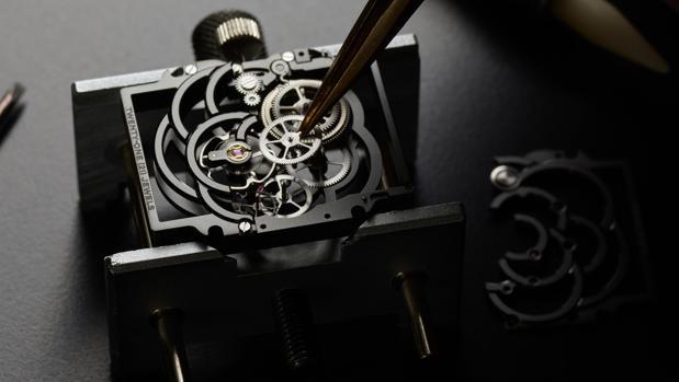 Mecanismo del reloj Première Camelia Esqueleto Calibre 2