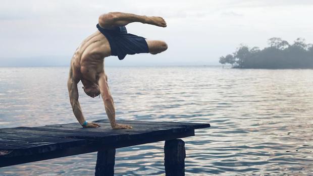 Los «yoguis» hombres que triunfan en Instagram