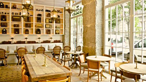 Salón principal del restaurante El perro y la galleta
