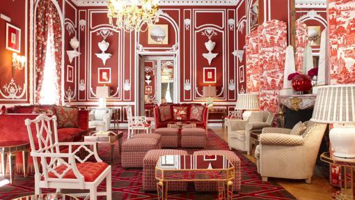 Salón rojo del Hotel Santo Mauro