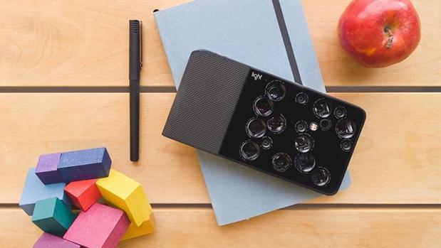 ¿Es este dispositivo el sustituto de la cámara reflex?