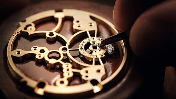 Mecanismo interior de un reloj