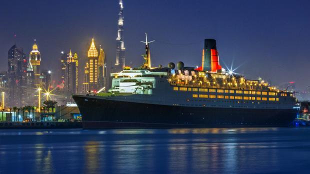 La segunda vida del Queen Elizabeth 2 como hotel de lujo flotante