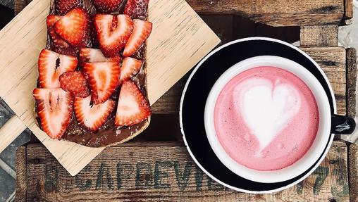 El pink latte de Alma Café