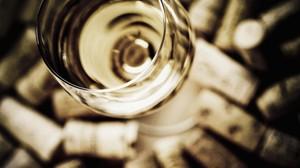 Por qué no debes elegir un vino por su precio