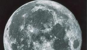 Un trozo de luna por medio millón de euros