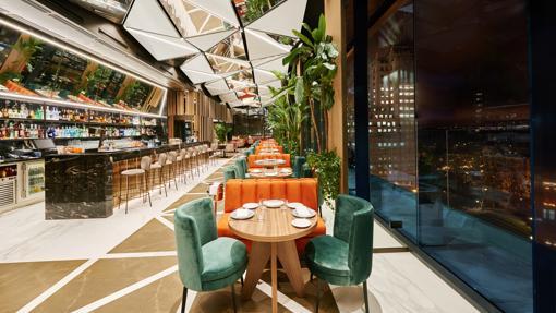 Restaurante Ginkgo ubicado en el Hotel VP Plaza España Design