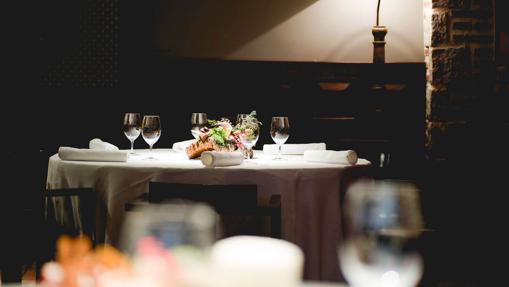 Mesa en el restaurante del hotel Don Fadrique