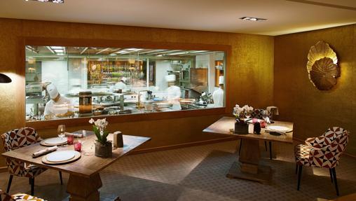 Salón del restaurante Santceloni
