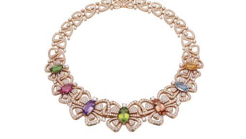 Collar de alta joyería con diversas piedras preciosas