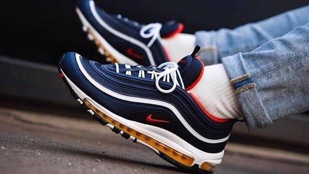7191f3cf Diez zapatillas de moda que se van a llevar este 2019