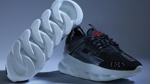 1e617106 Diez zapatillas de moda que se van a llevar este 2019