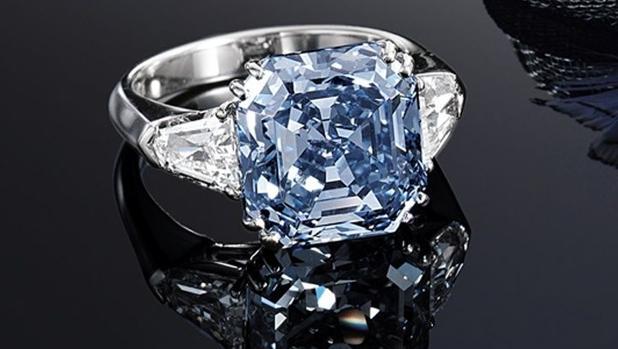 0af831e9f5c8 Anillo de platino y diamante - Tiffany s