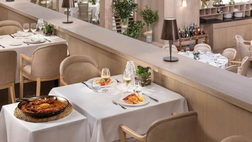 Paella en el restaurante L´Albufera del hotel Meliá Castilla