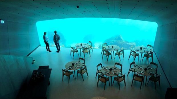 El primer restaurante subacuático de Europa acaba de abrir sus puertas