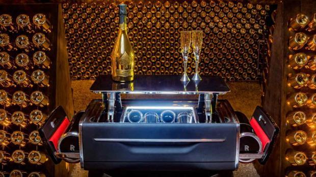 Rolls-Royce vende una caja que cuesta más que un coche de lujo