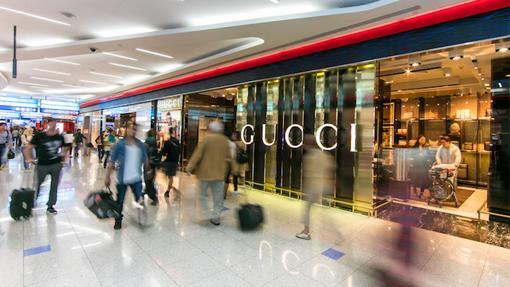 Las marcas de alta costura se reúnen en el aeropuerto de Dubai