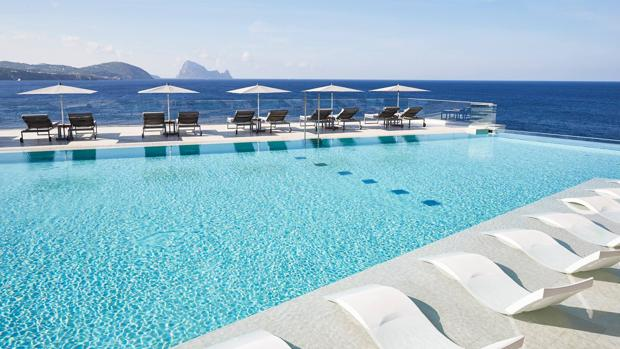 ¿Cuántas versiones del lujo puedes vivir en Ibiza?