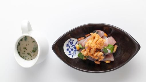 Ceviche de xarda con leche de tigre al ají limo y calamar de Ronda 14