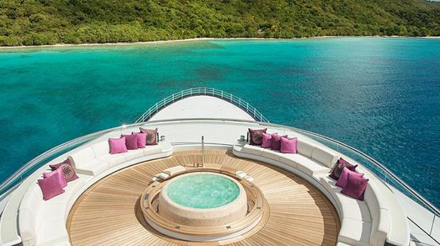Los yates más lujosos del mundo están en Puerto Banús