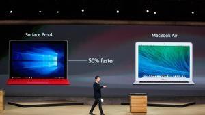 Panos Panay , vicepresidente de Microsoft, durante la presentación de la Surface Pro 4