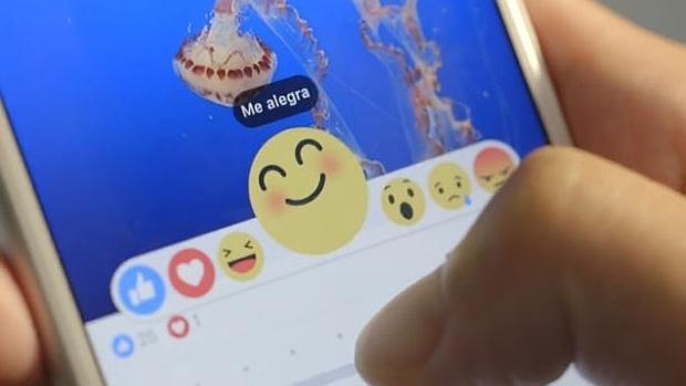 «Me alegra» desaparece de Facebook