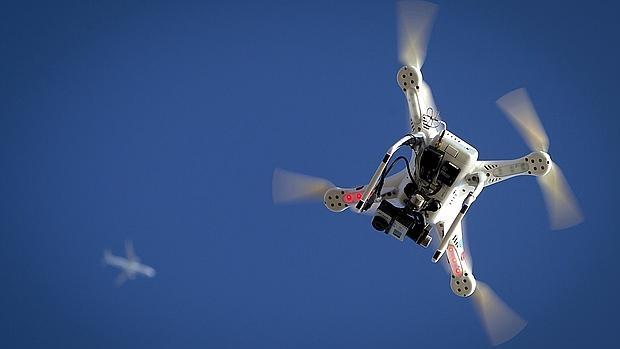 Detalle de un drone volando