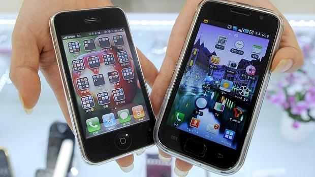 Imagen de Galaxy S y un iPhone 3G