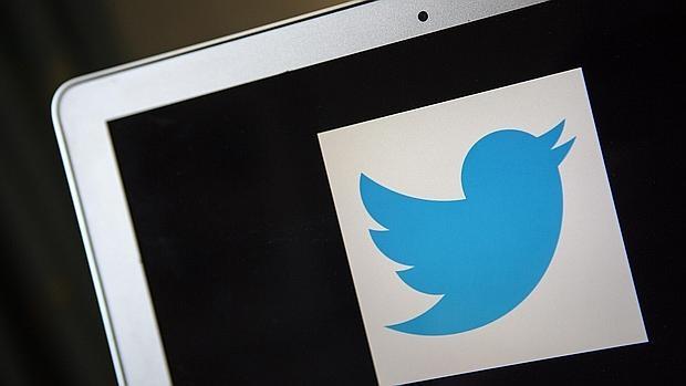 Una mujer demanda a Twitter por facilitar la difusión de propaganda de Estado Islámico