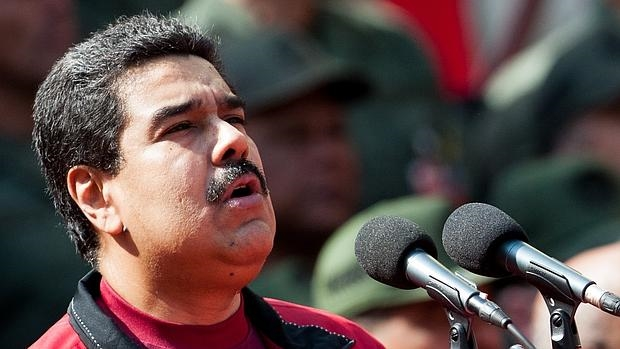 Maduro, ahora también en Facebook