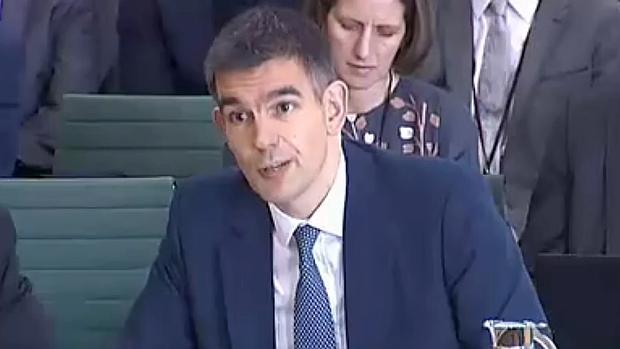Matt Brittin, jefe de Google en Europa, ante la Cámara de los Comunes: «No sé cuánto cobro»