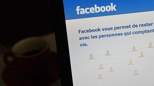Consejos para «enamorar» a tus seguidores en Facebook y Twitter