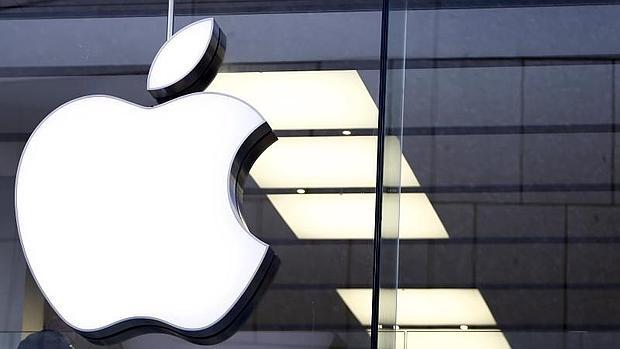 EE.UU. insite y tratará de obligar a Apple a desbloquear el teléfono de un presunto terrorista