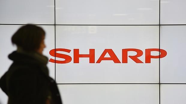 Foxxcom recula sobre la compra de Sharp