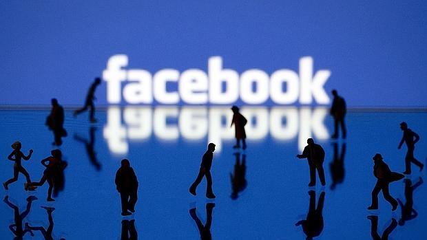 Así puedes «hackear» un perfil en Facebook desde casa