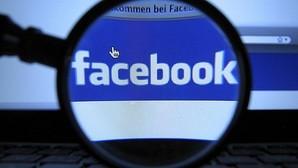 Facebook permite etiquetar a usuarios de la red social en las fotografías