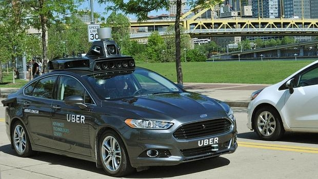 Uber comienza a probar su primer coche autónomo