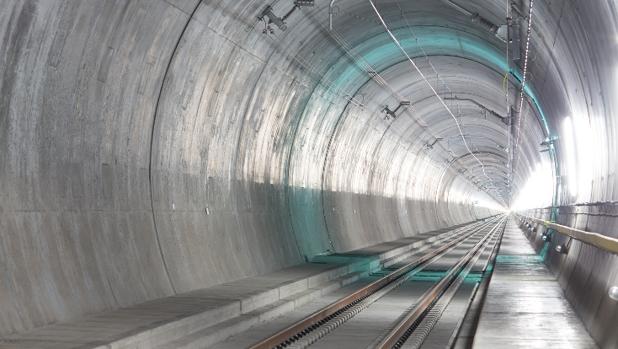 Imagen de un tramo del túnel de San Gotardo