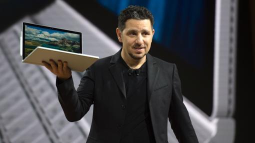 Panos Panay habla de la Surface Book i7