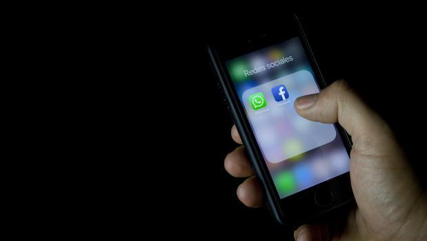 Golpe a WhatsApp: no podrá compartir datos con Facebook en el Reino Unido