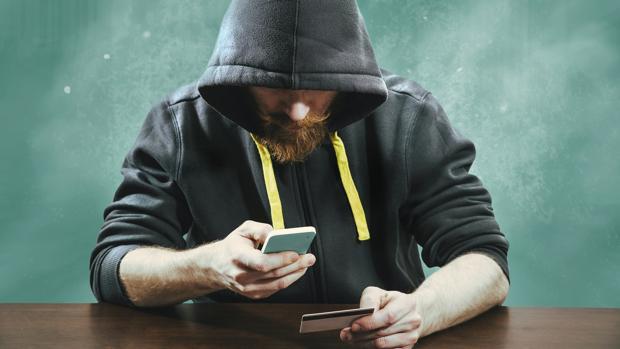 Se buscan jóvenes para ocupar 700.000 puestos de trabajo y luchar contra los ciberdelincuentes